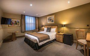 The Swan bedroom 205