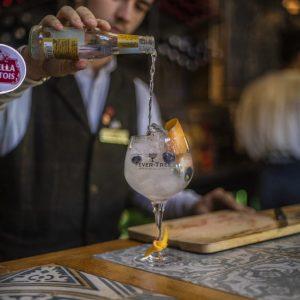 Gin-and-Tonic-Coaching-Inn-Group-1024×1024